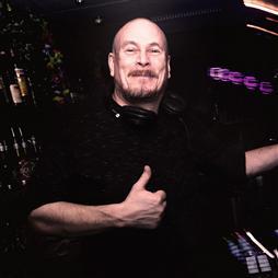 DJ Bernhard