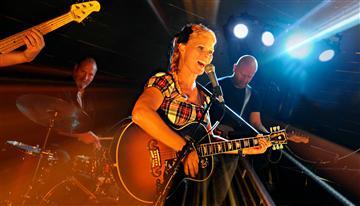Lotta Källström & Lean on band